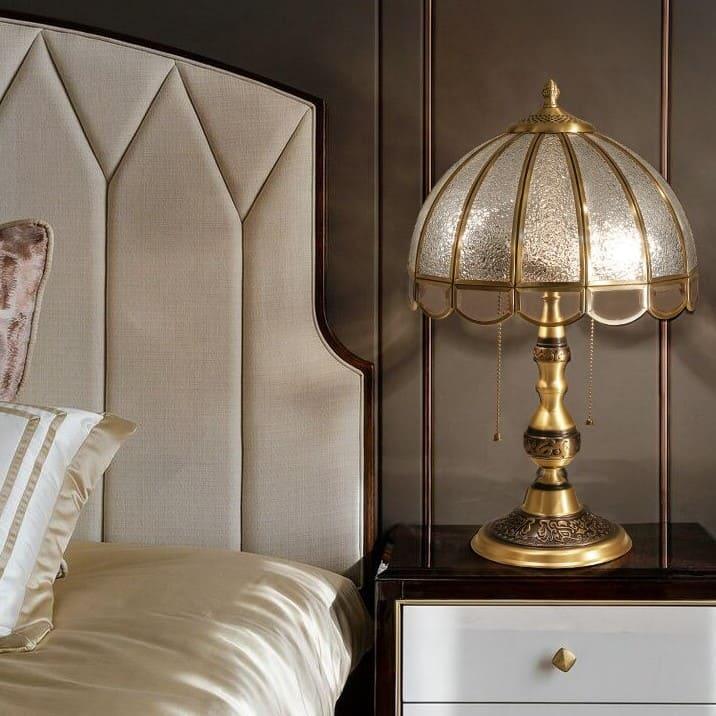 Đèn để bàn trang trí phòng ngủ