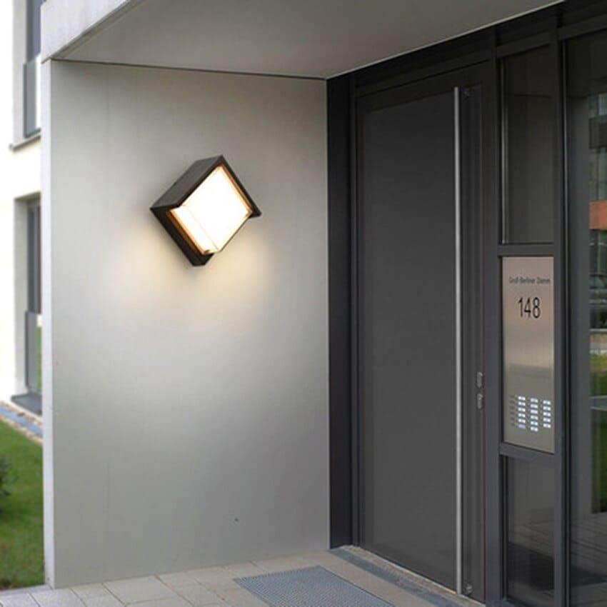 đèn ốp tường ngoài trời giá rẻ